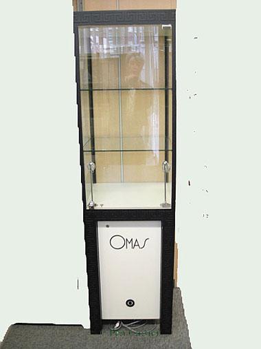 Omas Tower Show Case