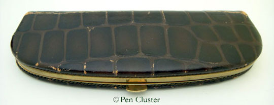 Pelikan Leather Pen Crocodile Style
